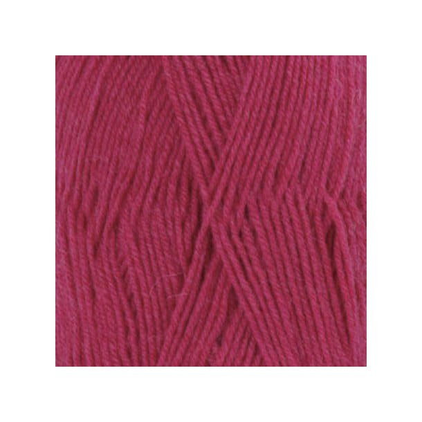 Drops Fabel Garn 109 Cerise Unicolour